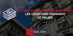 Face à la fermeture des agences bancaires en France, les courtiers en prêt immobilier prennent le relais.